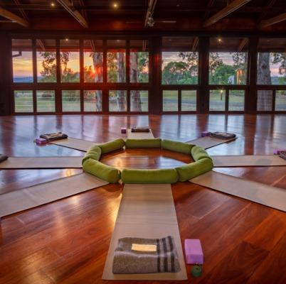 Yoga room at Gwinganna
